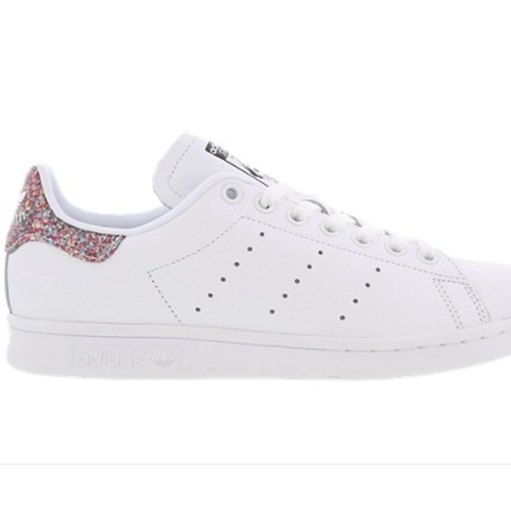 more photos 9222d 48547 Stan Smith Blanche en dégradé Rose pale. Stan Smith Femme Paillette adidas- stan-smith-core-black-S75137 .