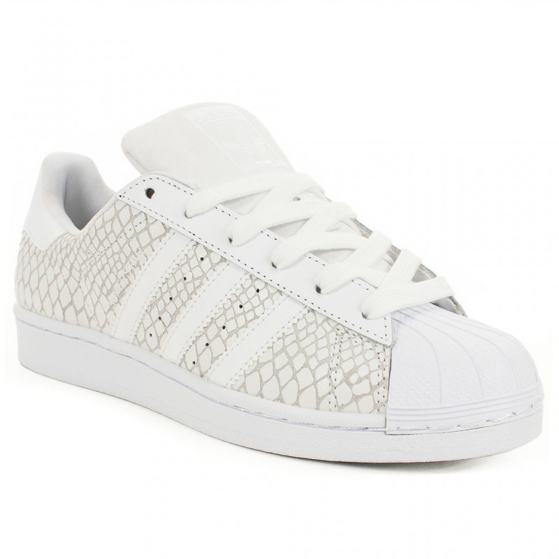 5f0415ea26637 Grands baskets discount Nike en ligne à vendre. L'authentique vente de adidas  superstar blanc serpent froid France sera aimée par votre coeur.