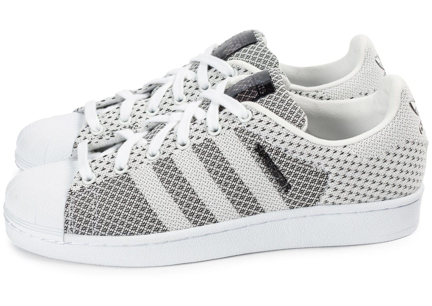 aeee66fc20f Chaussures adidas Superstar ... Adidas Superstar toile tissée blanc et noir  (2) Adidas Superstar Weave Black White Femme adidas Originals SUPERSTAR  WEAVE ...