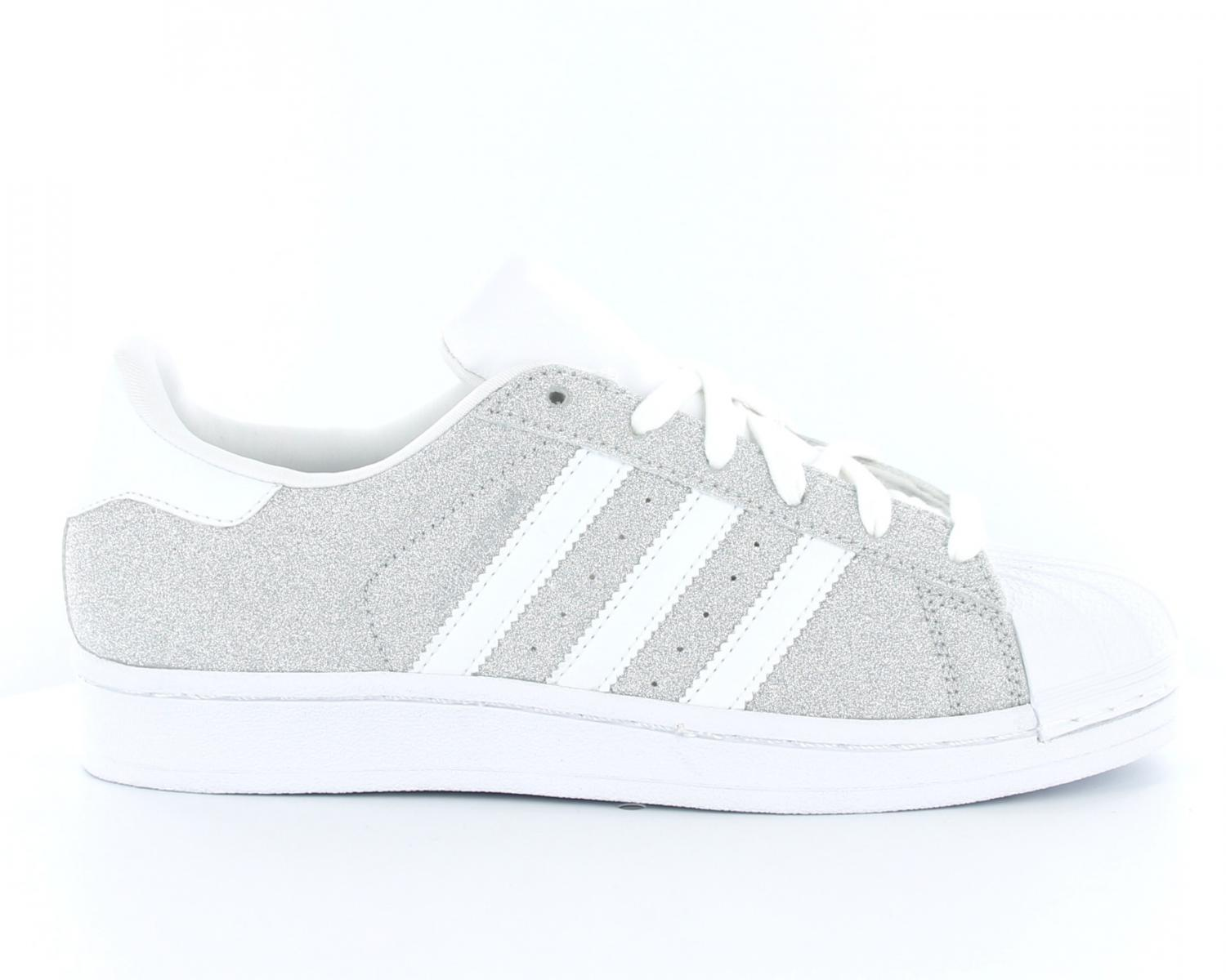 adidas Superstar MT W, Chaussures de Fitness Femme superstar blanche brillante superstar grise daim femme. Offre De Remise Adidas Superstar Femme Blanche ...