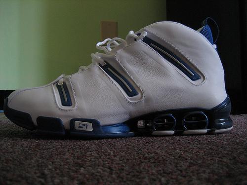 new styles 7ee56 45336 Image is loading Mens-11-Adidas-A3-Pro-Team-4-Basketball- Adidas A3 Kevin  Garnett 21 menu0027s basketball shoes adidas A3 Twinstrike Adidas  originals ...
