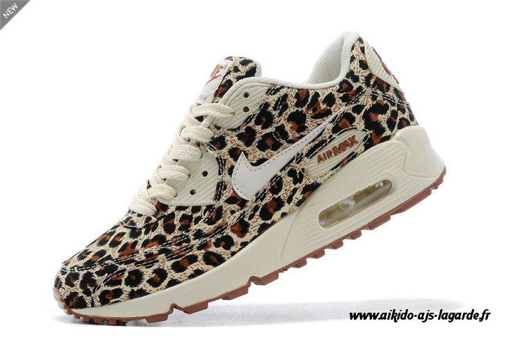 basket nike leopard femme pas cher