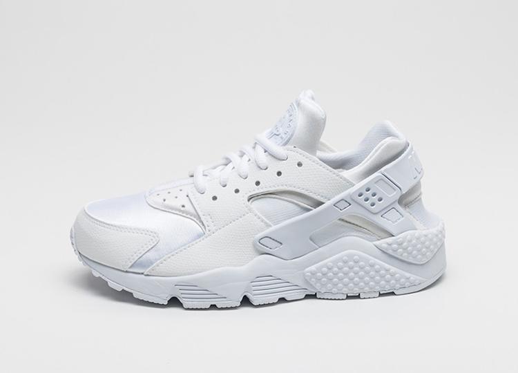 chaussure femme nike huarache