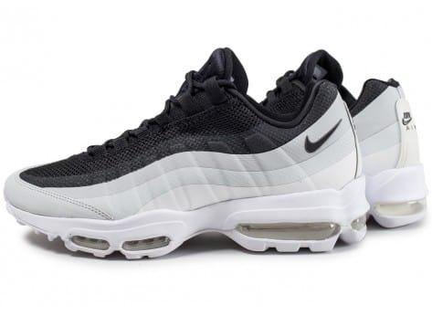 quality design af3a8 f8623 ... real cliquez pour zoomer chaussures nike air max 95 essential noire et blanche  vue extérieure homme