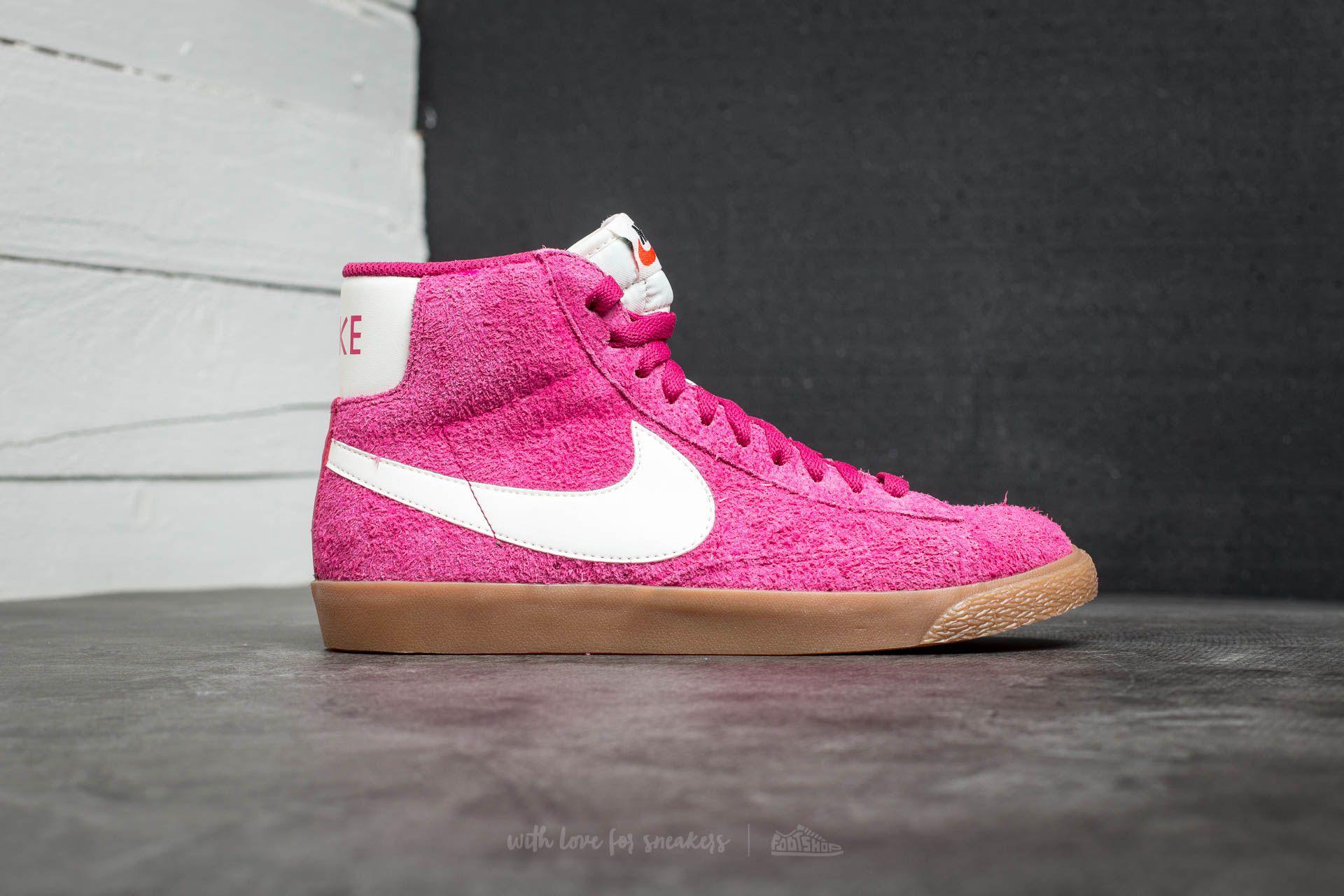 new styles 14de5 ba7c4 Grands baskets discount Nike en ligne à vendre. Lauthentique vente de nike  basket blazer mid suede vintage froid France sera aimée par votre coeur.
