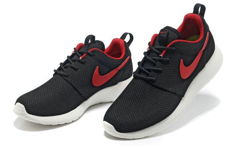 Nike Roshe Run NM Chaussure Homme Running Noir Rouge Blanc 631749 060