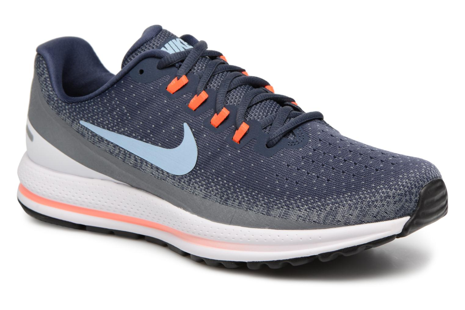 special section on feet shots of pretty cool nike running femme sarenza