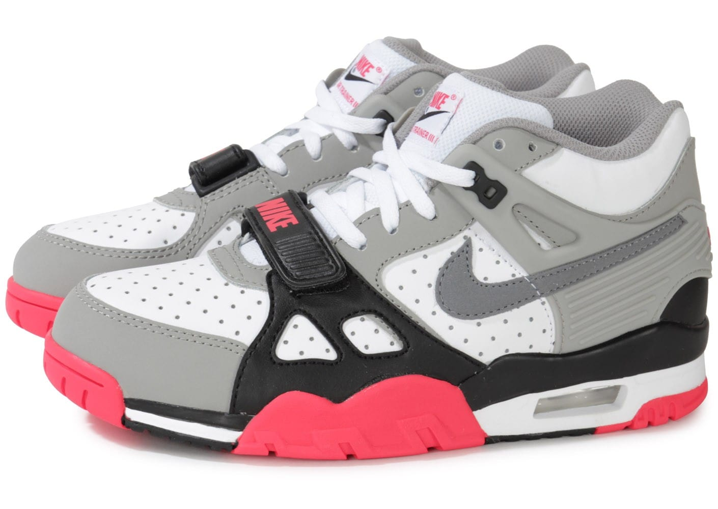 cheap for discount 787fd 52bbb Baskets Nike Nike Air Trainer 1 Low St Gris vue portées chaussures. Cliquez  pour zoomer Chaussures Nike Trainer Sc Enfant Grise vue extérieure .