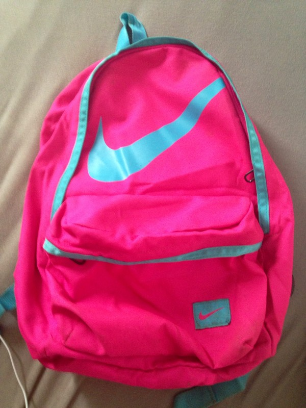 491e697ecc Grands baskets discount Nike en ligne à vendre. L'authentique vente de sac  a dos nike rose froid France sera aimée par votre coeur.