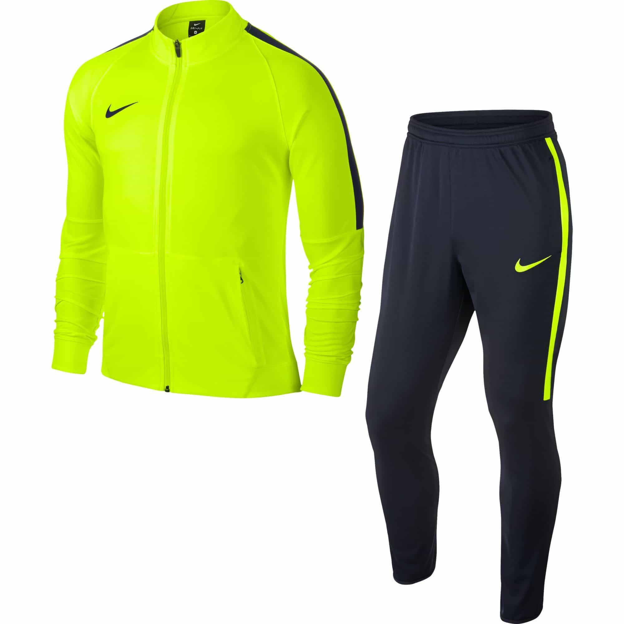 e1b04c3c8b0 Grands baskets discount Nike en ligne à vendre. L authentique vente de  survetement nike pour garcon froid France sera aimée par votre coeur.