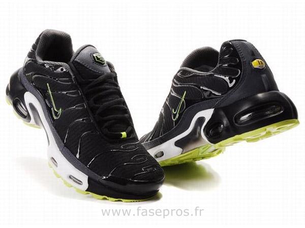 bas prix 01286 d8545 nike tn chez foot locker