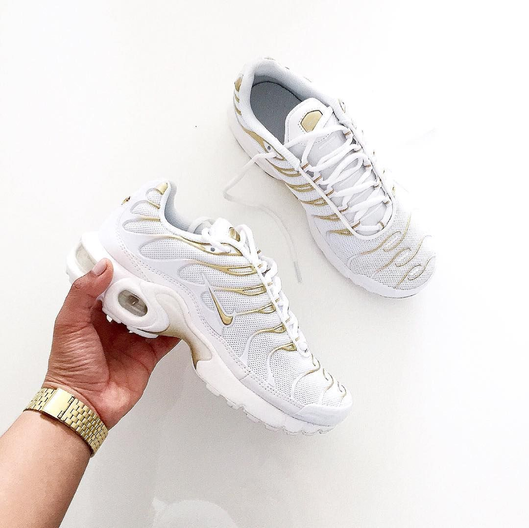 huge discount 994b6 e0b71 Nike Femme Blanc Air Max Tn Chaude Robe Protections Acheteurs Pas Cher Femme  Noir Tn Requin Air Typique acheter chaussure tn nike pas cher,nike tn femme  ...